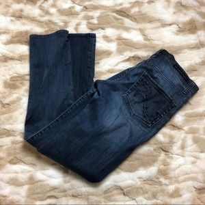 Rock and Republic Women 8M Straight Blue Jeans